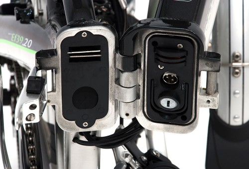bicicleta-electrica-plegable-ef39-bateria-2-monty