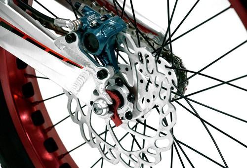 bicicleta-trial-221K-nordic-monty-disco-posterior