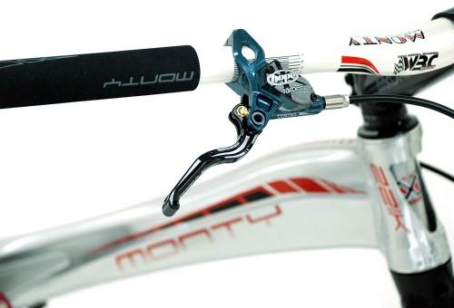 bicicleta-trial-221K-nordic-monty-freno