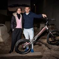 El 19 veces campeón de Moto Trial, Toni Bou, visita las instalaciones de Bicicletas Monty.