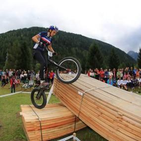 Manon Basseville en el Campeonato Mundial de Trial | Fotografía TribalZine